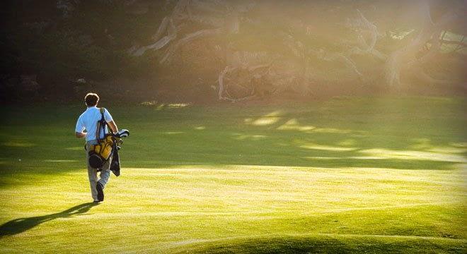 solo golfer